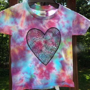 Toddler Heart Shirt, Custom Tie Dye Shirt for toddlers w Doodle Heart, Toddler Girls Heart T-Shirt, Little Girls Tie Dye T-Shirt Hippie Girl