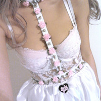 Ringed Spiked Flower Harness
