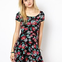 New Look Cap Sleeve Skater Dress