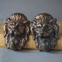 Wall hooks lions vintage set 2, lion heads hooks brown heavy, coat hooks vintage, 70s home decor hangers cast Decorative animal storage