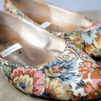 Vintage Floral Tapestry Flats - By Daisy -  Size 6