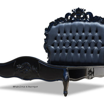 Fabulous and Baroque — Night's Dream Tufted Bed - Black