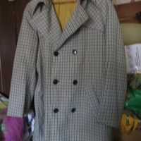 Vintage  mod preppy  William Barry 1960s 70s  mens DRY DUCKS plaid spy trench coat / rain coat  SZ 44