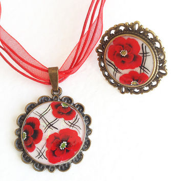Poppies. Hand painted Pendant and Ring