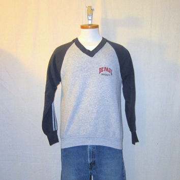 Vintage 80s DEPAUL UNIVERSITY Catholic College Blue Demons Chicago Soft Medium V-Neck SWEATSHIRT