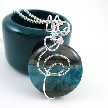 Blue Round Stone Necklace, Druzy Geode Pendant, Wire Wrapped Jewelry Handmade, Sterling Silver Stone Necklace for Women