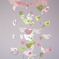 Baby Shower Nursery Mobile- Bird Mo.. on Luulla