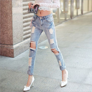 Womens plus size Brand hole pencil jeans 2017 Spring New Fashion Pure cotton broken hole Jeans Skinny denim pencil pants Ladies