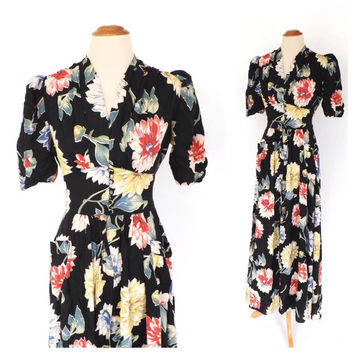Vintage 1940s Maxi Dress Black Floral Print Dress 40s Bias Cut Silk Rayon Gown 1930s Long Day Dress Summer Sundress Size Small WWII Dress