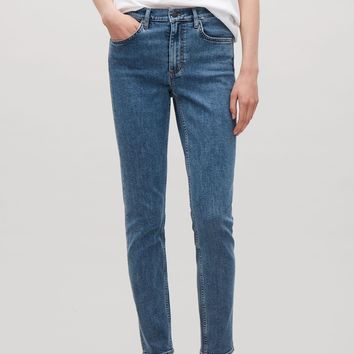 Skinny-fit cropped jeans - Fresh Blue - Trousers - COS FR