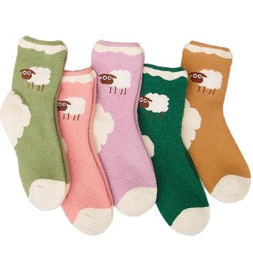 PEONFLY Thickened Keep Warm Woman Cartoon Lovely Small Sheep Socks Fluffy Soft Cozy Casual Breathable Cotton Socks Autumn Winter