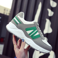 2017 new Classic Running Shoes women Breathable Walking Outdoor Sneaker nice Lady Trainers Athletic walking tennis Zapatillas