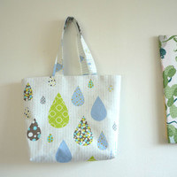 Rain drop white large tote bag with zipper, beach bag tote zipper with light blue stripe pattern, Japanese fabric