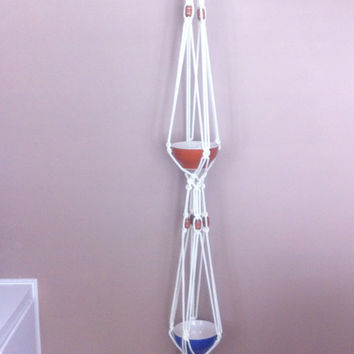 Double Planter Retro Macrame Plant Hanger With Wooden Beads 70s style Rope Hanging Planter