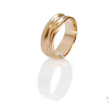 18K Gold wedding ring, wave band, Wedding Band, wave ring, solid ring, Unique wedding band, Gold wedding ring, Men wedding band, women band