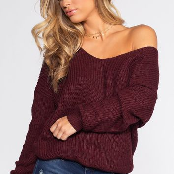 Twist And Shout Sweater - Burgundy
