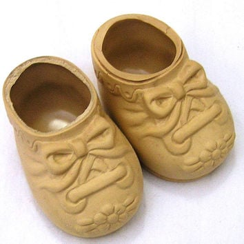 Vintage Baby Doll Shoes by Dolshoe for 17-19 Inch Dolls