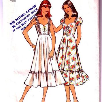 1970's Misses' Dress. Vintage Sewing Pattern. Two Boho Styles. Peasant Dress / Gypsy Dress. Style 1942. Bust 36""