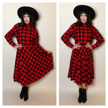 70s/80s PLAID MIDI DRESS - red and black - snaps on the chest/cuffs - turtle neck - hourglass - cotton flannel - small/medium