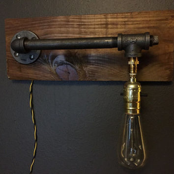Rustic Brown Industrial Wall Lamp / Black Iron Pipes / Edison Bulb