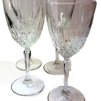 Set of 4 Cristal d'Arques-Durand Luminarc France Diamant Stemware