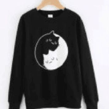 Sweater Yin and Yang black and white cats Tai Chi cats personalized leisure sweater