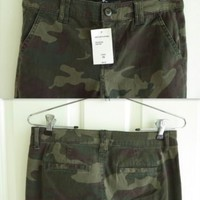NWT Sanctuary camo chinos, traditional chino styling, slim fit, tapered leg