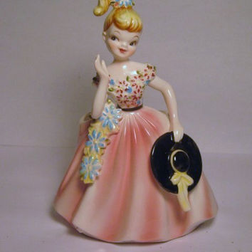 Vintage Beautiful Fine Detail Delicate Girl Lady figurine Pink dress Hat Flowers Floral planter Head Vase Japan Lefton Napco Quality Piece