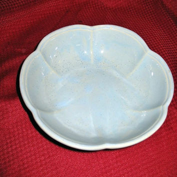 VINTAGE McCoy POTTERY Basin/Bowl #7528 USA