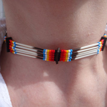 Porcupine quills choker. Native american necklace. Traditional colors. American Indian. Porcupine Quebec. Quilling. Quilled necklace.