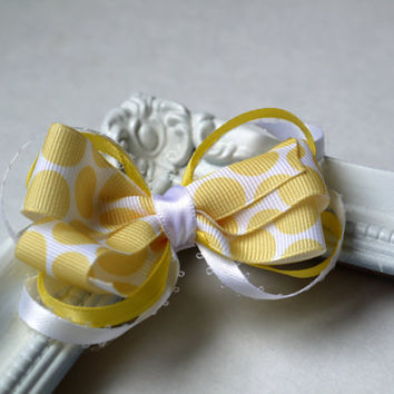 Small yellow and white hair bow for little girls or photography props