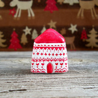 Nordic Christmas, scandinavian Christmas decor, miniature clay house, minimal Christmas, tiny house, small clay house, scandinavian xmas
