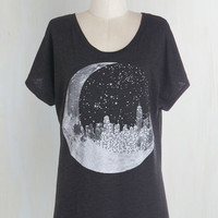 Cosmic Mid-length Short Sleeves Urban Eclipse Tee