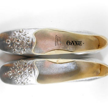 Silver Rhinestone Flats Jeweled Loafers Connie Shoes Womens Size 9 N