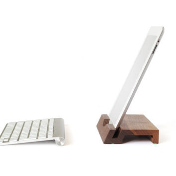 Woodi | wooden iPad 2-4 Stand: one piece of solid walnut wood