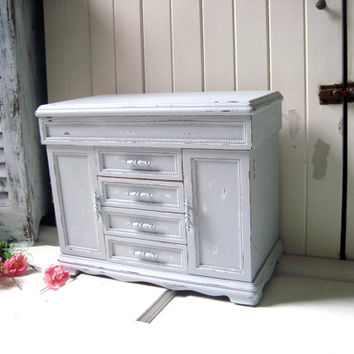 Paris Gray Large Jewelry Box, Light Grey Big Jewelry Holder, Shabby Chic, Slate Gray Jewelry Organizer, Distressed Jewelry Chest, Gift Ideas