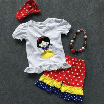 Disney Snow White Short Outfit and Accesories