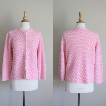 1970s Bubblegum Pink Wintuk Scalloped Cardigan by Styled by Rose // Medium