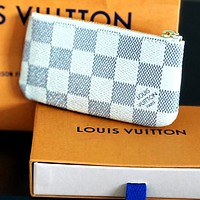 LV tide brand men and women zipper short key case white check