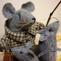 Papa Mouse With Children, Father's Day Mouse, Primitive Mouse, Father's Day Decoration, Fishing Decor