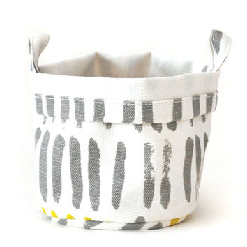 Vertical Strokes Recycled Canvas Bucket (Gray/Mustard)