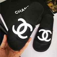 Chanel Trending Woman Men Stylish Double C Logo Casual Comfortable Soft Sandals Slipper Shoes I/A