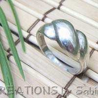 Sterling Silver Ring Sterling timeless classic Vintage by CREATIONSbySabine