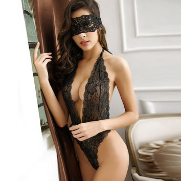 2016 Style Europe sexy lingerie fashion lady lace underwear set nightgown free size Lingerie black red sleepwear and eyeshades