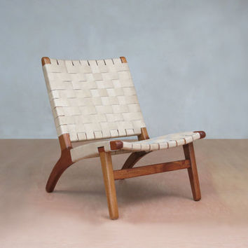 Superb Natural Leather Mid Century Modern Lounge Chair With Royal Mahogany Frame  And Leather Handwoven Seat