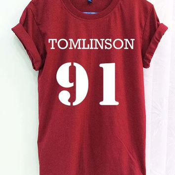 Louis Tomlinson 91 Shirt One Direction 1D Crimson Red Women Tshirt Tee Short Sleeve T-Shirt SMLXLXXL