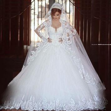 Luxury Vintage Long Sleeves Lace Wedding Dress 2017 Ball Gown Princess  romantico Bridal Wedding Gown robe de mariage