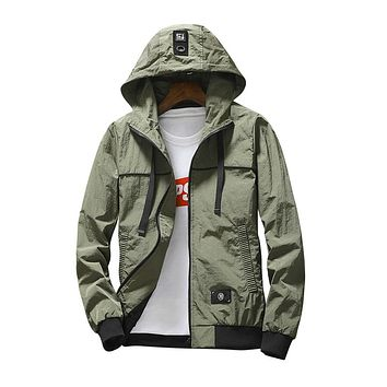 Mens Clothing Dry Jacket Hooded Jacket Fashion Thin Windbreaker