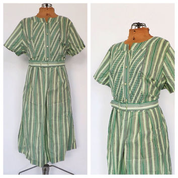 PLUS SIZE NOS Vintage 1950's Frock Dress Green Striped Cotton Sundress 1940s House Dress Country Folk Size Large Garden Party Shirt Dress