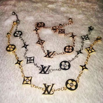 LV Louis Vuitton Women Fashion New Small Accessories Bracelet Splicing Titanium Bracelet Jewelry